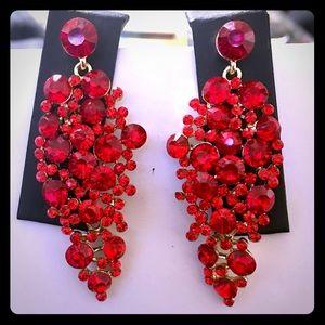Stunning red chandelier earring set - pierced ears